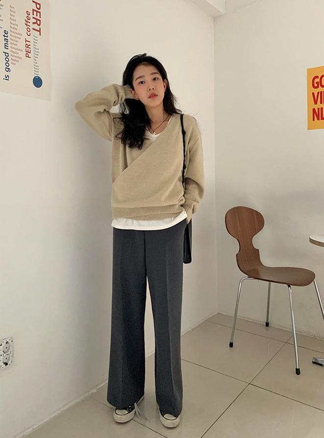 3 kiểu quần không thể thiếu cho mùa lạnh, vừa ấm lại vừa sang xịn chốn sở làm-6