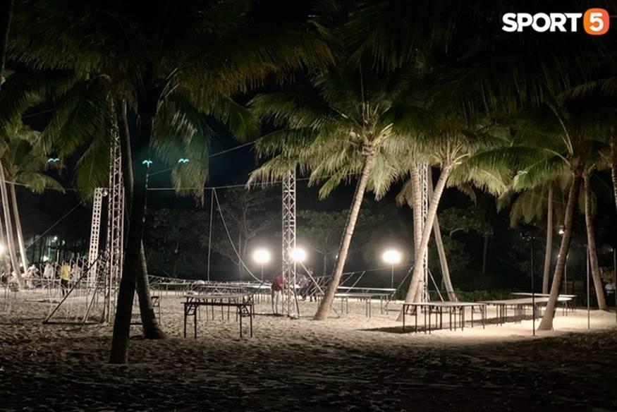 """Bật mí tiệc cưới Công Phượng - Viên Minh tại Phú Quốc trước giờ G"""": Hàng chục người tất bật chuẩn bị trong đêm-1"""