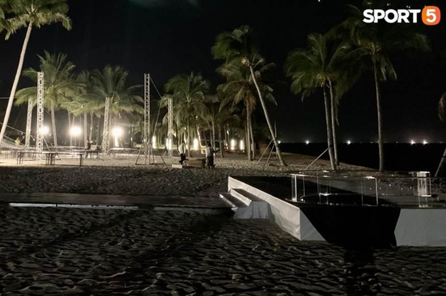 """Bật mí tiệc cưới Công Phượng - Viên Minh tại Phú Quốc trước giờ G"""": Hàng chục người tất bật chuẩn bị trong đêm-6"""