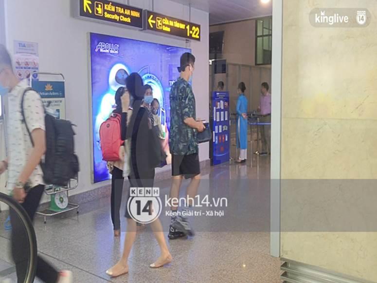 Công Phượng - Viên Minh đã xuất hiện tại sân bay Tân Sơn Nhất, chú rể tươi rói sẵn sàng cho siêu đám cưới tối nay-5