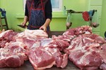 Qua đỉnh lịch sử, thịt lợn tại chợ về mức giá rẻ nhất năm-2