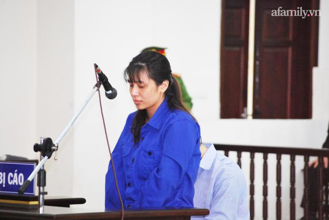 Vụ cặp vợ chồng bạo hành bé gái 3 tuổi đến chết: Con gái tố ngược mẹ đẻ trước tòa, phủ nhận hoàn toàn công sức bà chăm cháu-1