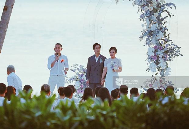 Bộ ảnh hôn lễ đẹp nức nở của Công Phượng - Viên Minh tại Phú Quốc: Nụ cười vỡ òa, cái nắm tay thật hơn bất cứ câu chuyện ngôn tình nào!-2