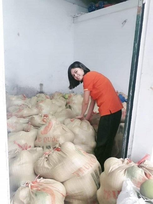 Thực hư đặc sản bưởi Đoan Hùng chỉ 2.000 đồng/quả rao bán đầy chợ-4