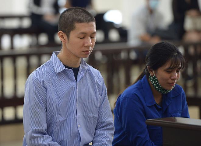 Tuyên án tử hình với bố dượng, tù chung thân với mẹ đẻ vụ bạo hành bé gái 3 tuổi tử vong-6