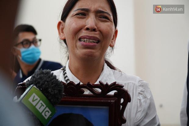 Nỗi đau người phụ nữ khi vừa mất cháu, con gái lại bị tuyên án chung thân: Lan Anh sai phạm quá nhiều, nhưng là mẹ tôi vẫn sẽ xin giảm án cho con-1