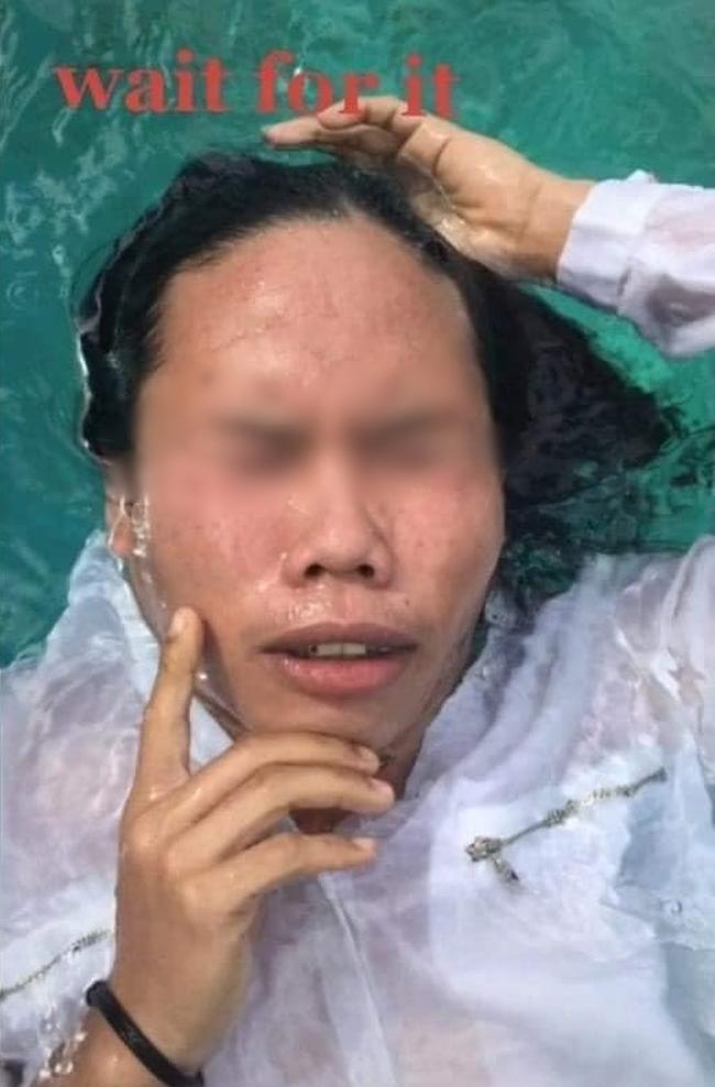 Nhờ bạn trai chụp ảnh hộ với ý tưởng suy tư trong làn nước, cô gái thất vọng tràn trề khi trông thấy album ảnh như triển lãm tấu hài-5