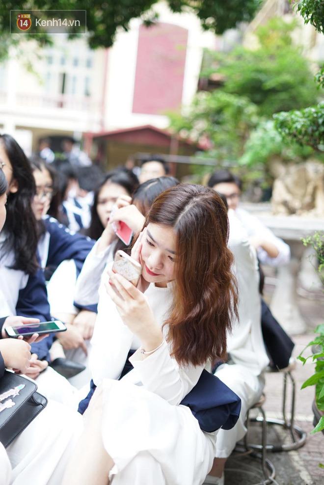 Ngày nhà giáo Việt Nam 20/11 tại các trường THPT: Học sinh bây giờ diễn văn nghệ đỉnh quá-5