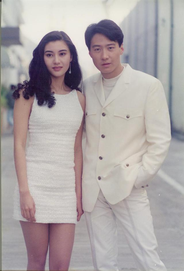Hoa hậu đẹp nhất Hồng Kông Lý Gia Hân bị chỉ trích vì đăng ảnh thân mật quá mức, ăn mặc hớ hênh khi ở cùng con trai-3