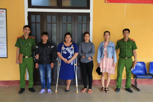 Danh tính 4 đối tượng lột đồ, đánh vào vùng kín cô gái trẻ ở Thừa Thiên - Huế-3
