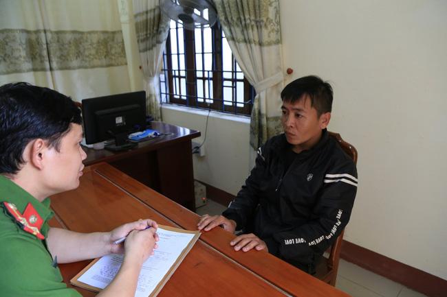Danh tính 4 đối tượng lột đồ, đánh vào vùng kín cô gái trẻ ở Thừa Thiên - Huế-5