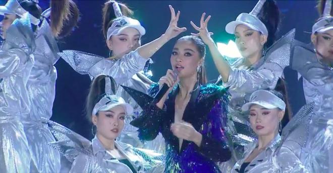 Đỗ Thị Hà đăng quang Hoa hậu Việt Nam 2020-38