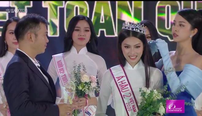 Đỗ Thị Hà đăng quang Hoa hậu Việt Nam 2020-4