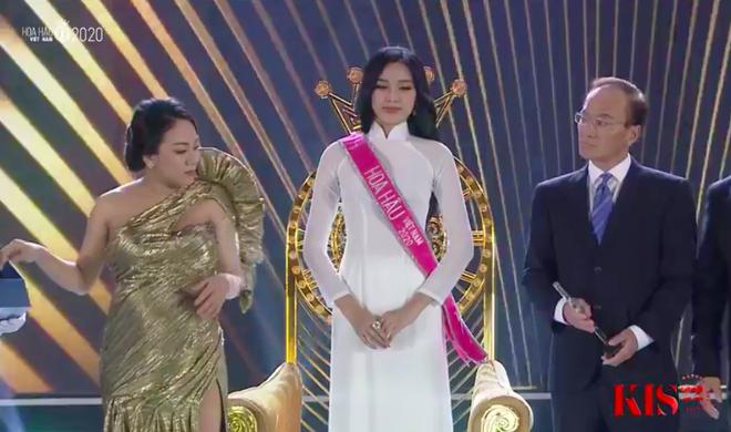 Đỗ Thị Hà đăng quang Hoa hậu Việt Nam 2020-2