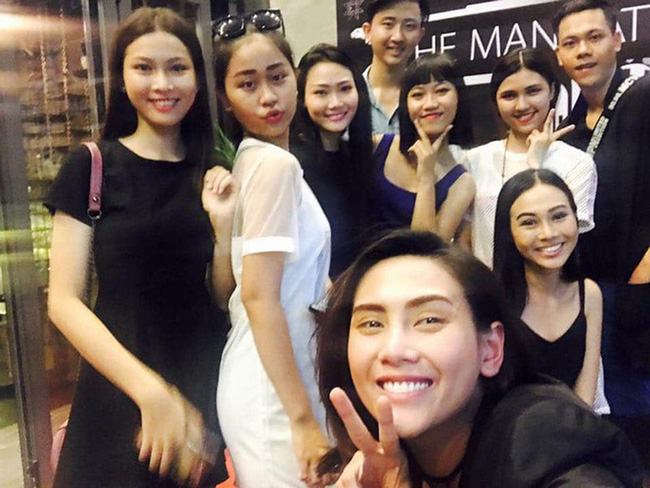 """Chân dung 2 Á hậu Việt Nam 2020: Người được coi là bản sao Tiểu Vy"""", người sở hữu học lực cực khủng với bảng thành tích đáng nể-13"""