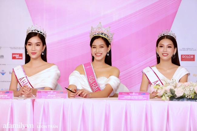 Hoa hậu Việt Nam 2020 lần đầu xuất hiện trước truyền thông: Đỗ Thị Hà đáp trả nghi vấn biết trước kết quả, Á hậu 2 nói về việc từng diễn trong show nội y của Vũ Khắc Tiệp-1