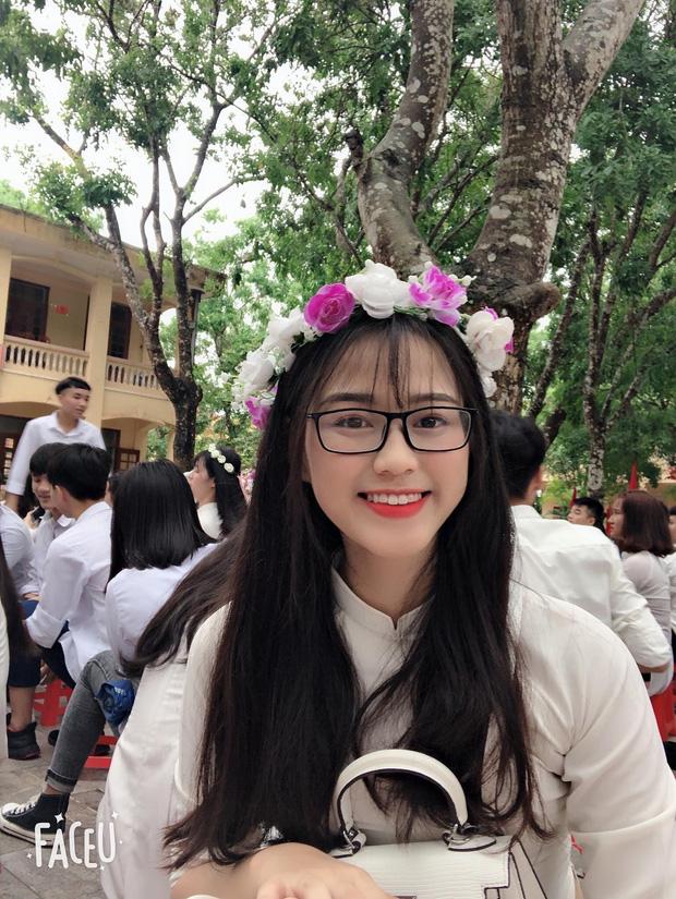 Hành trình nhan sắc thay đổi chóng mặt của Hoa hậu Đỗ Thị Hà từ cấp 1 cho đến lúc lên Đại học-6