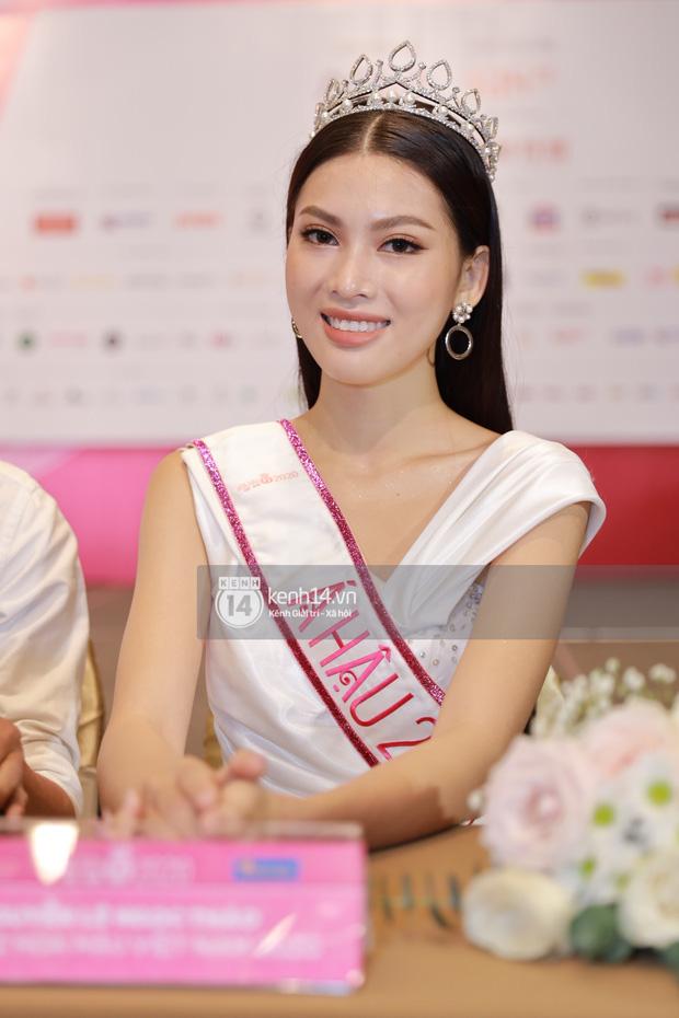 Á hậu 2 Hoa hậu Việt Nam 2020 bị soi trình độ học vấn không tốt, BTC nói gì?-1
