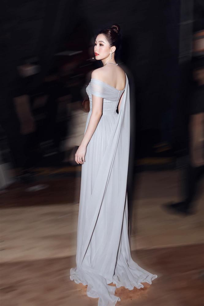 Nhan sắc Đặng Thu Thảo trong đêm chung kết Hoa hậu Việt Nam 2020-6