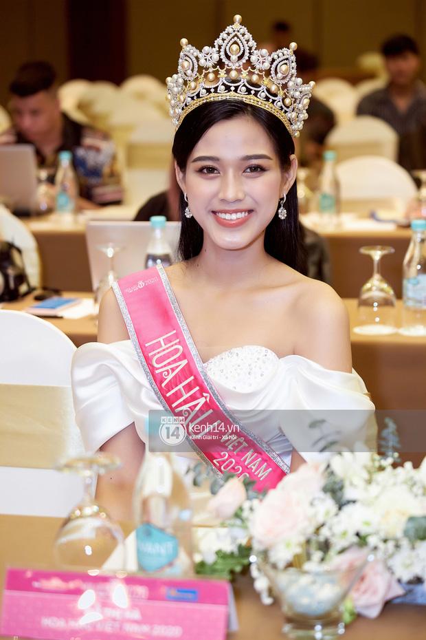 Hồng Quế gây tranh cãi khi chê bai nhan sắc Đỗ Thị Hà, công khai ủng hộ thí sinh chỉ lọt Top 15 Hoa hậu Việt Nam-1