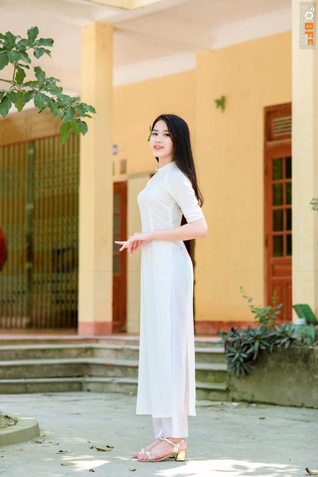 """Tân Hoa hậu Đỗ Thị Hà đã tự công khai điểm thô kệch"""" trên cơ thể trước khi đăng quang Hoa hậu Việt Nam-4"""