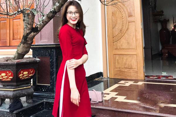 Tân Hoa hậu Việt Nam Đỗ Thị Hà khoe góc vườn rộng rãi của bố