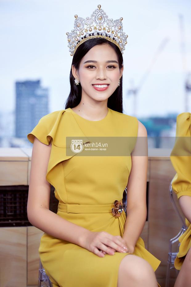 Nhan sắc dàn Hoa hậu Việt Nam lúc đăng quang: Tiểu Vy được báo quốc tế ca ngợi, Mai Phương Thuý nhận gạch đá, còn Đỗ Thị Hà?-37