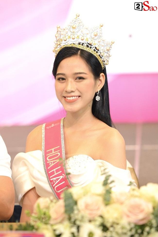 LẠ LÙNG: Số đo nhân trắc học của thí sinh Hoa hậu Việt Nam 2020 phồng xẹp bất thường qua 3 vòng thi-1