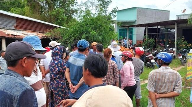Yên Bái: Bàng hoàng phát hiện nữ giáo viên tiểu học tử vong trong tư thế treo cổ cạnh thi thể con trai-1