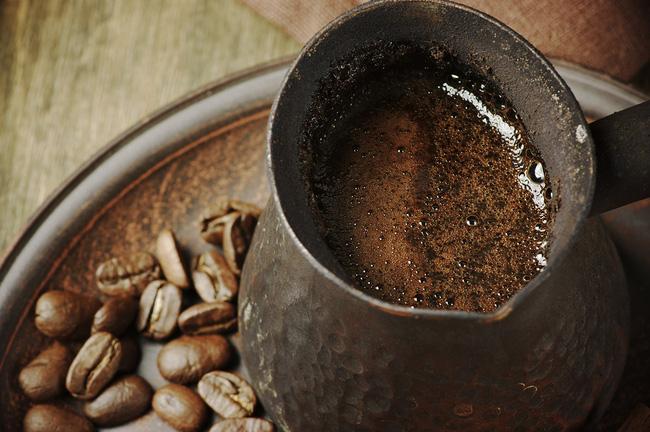 Tự ý bơm thụt cà phê để... detox cơ thể: Chuyên gia khẳng định nguy hiểm và không có bằng chứng khoa học!-4