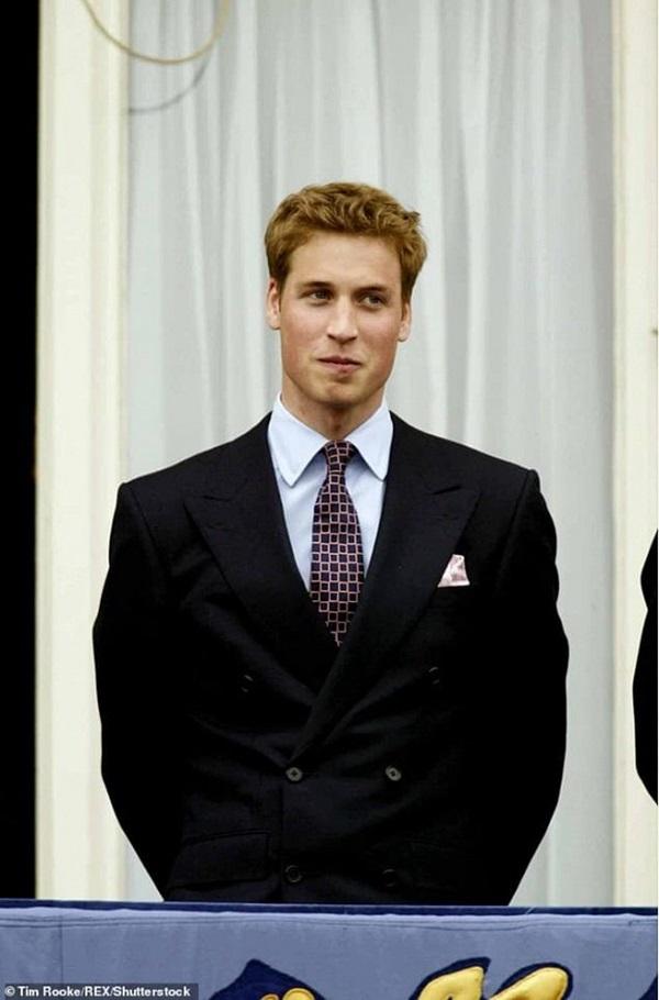 Lộ danh sách tình cũ của Hoàng tử William và Công nương Kate: Người làm rể Hoàng gia, kẻ từ tình địch thành bạn thân hai vợ chồng-6