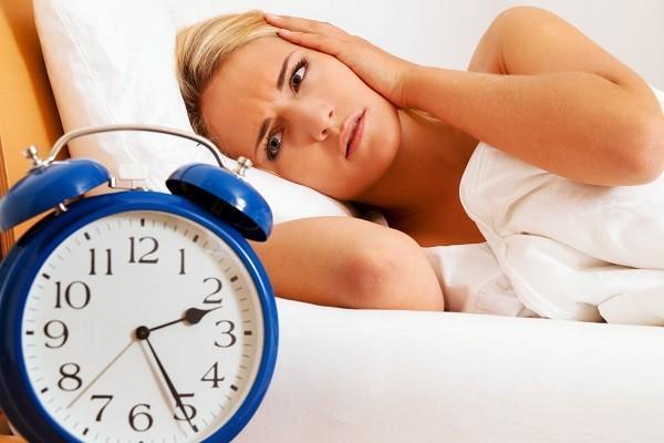 Cách đối phó với chứng mất ngủ vào ban đêm, hướng dẫn bạn mẹo hay để vào giấc nhanh và ngon hơn-1