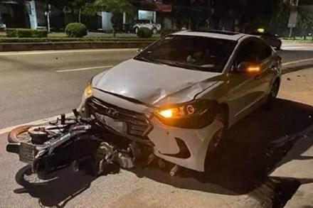 Thanh tra GTVT lái ôtô tông chết người