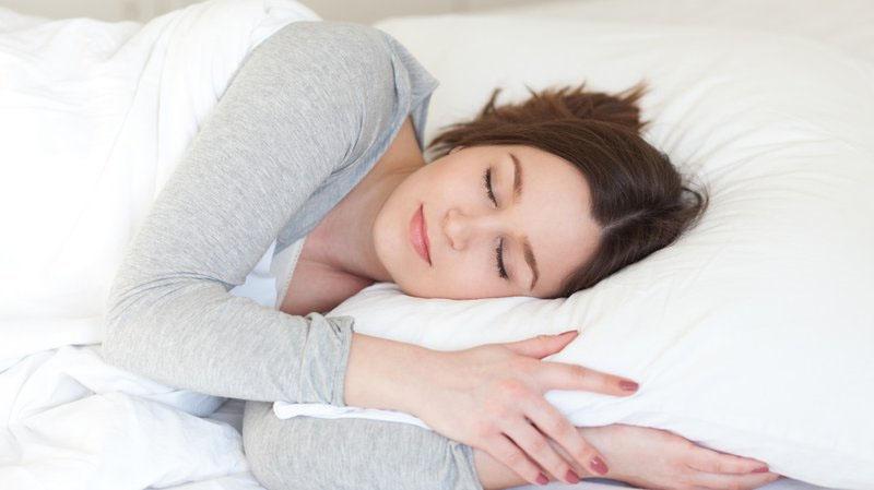 Cách đối phó với chứng mất ngủ vào ban đêm, hướng dẫn bạn mẹo hay để vào giấc nhanh và ngon hơn-9