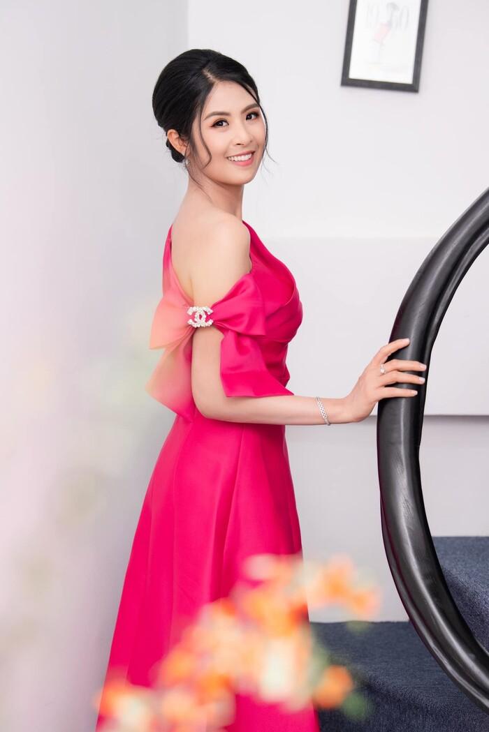Nhan sắc hiện tại của những Hoa hậu Việt bị chê xấu khi đăng quang, kì lạ thay ngày càng đẹp-6