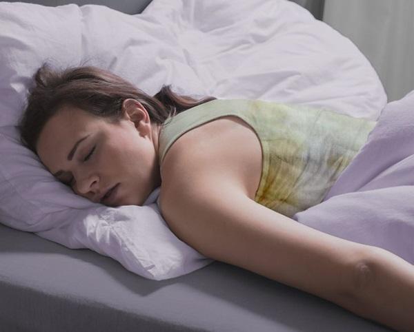 Tại sao chúng ta không nên mặc cùng một bộ đồ ngủ trong 2 ngày liên tiếp?-3