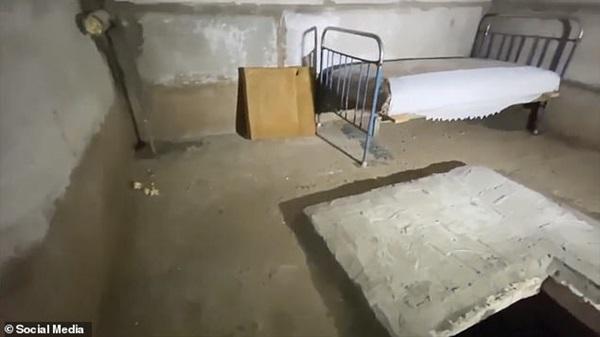 Vụ bé trai 7 tuổi bị bắt cóc 52 ngày: Công khai ảnh căn hầm ám ảnh nơi đứa trẻ bị kẻ ác giam cầm để thực hiện hành vi ấu dâm-2