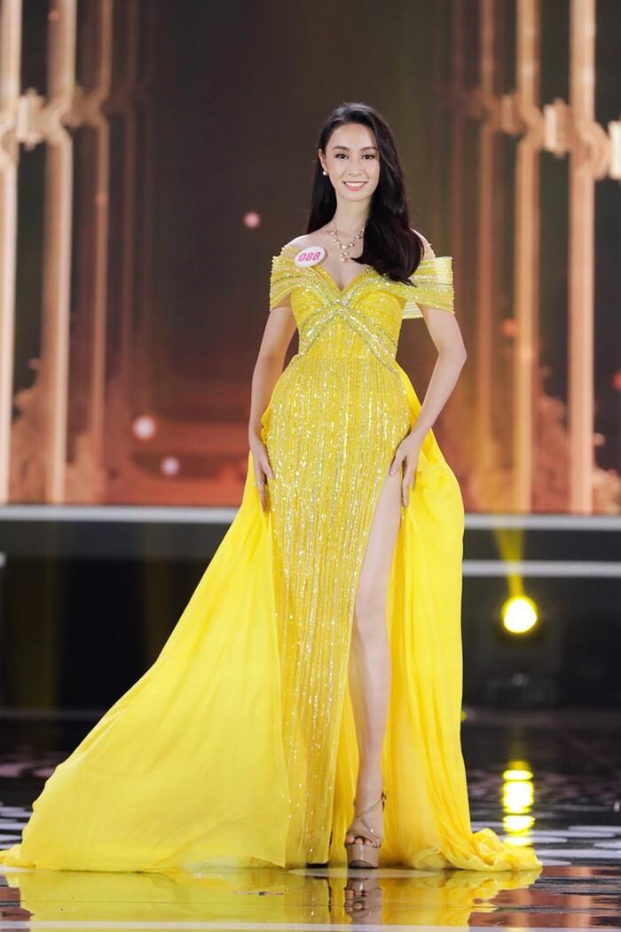 Bảo Trâm: Nhan sắc gây tiếc nuối nhưng cái được từ Hoa hậu Việt Nam rất nhiều-4