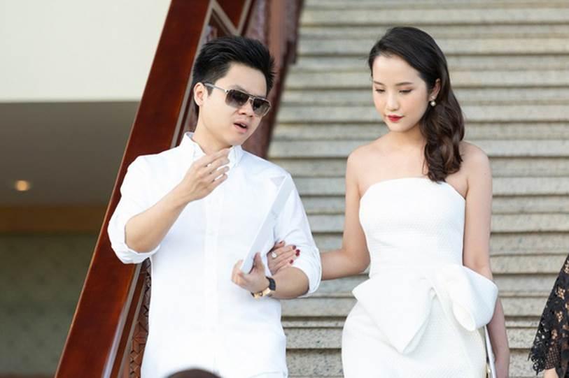 Phan Thành công khai chiếc nhẫn kim cương siêu to dành tặng Primmy Trương trong lễ ăn hỏi sáng nay-2