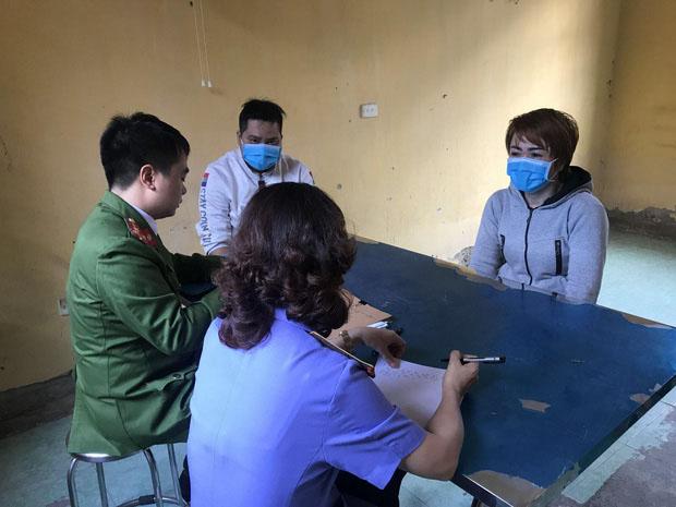 Lạnh người trước lời khai của nữ chủ quán bánh xèo bạo hành nhân viên ở Bắc Ninh: Em lấy cây cọ chà nhà vệ sinh đánh, chọc vô mắt-1