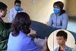 Lạnh người trước lời khai của nữ chủ quán bánh xèo bạo hành nhân viên ở Bắc Ninh: 'Em lấy cây cọ chà nhà vệ sinh đánh, chọc vô mắt'