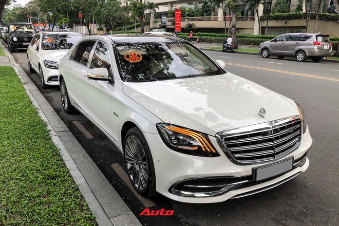 Loạt xe khủng đưa dâu trong đám hỏi Phan Thành, chú rể cầm lái Rolls-Royce Wraith 34 tỷ đồng-10