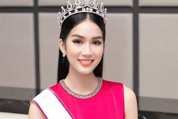 Á hậu 1 Phương Anh vừa đăng quang đã dẫn đầu BXH của fan sắc đẹp quốc tế
