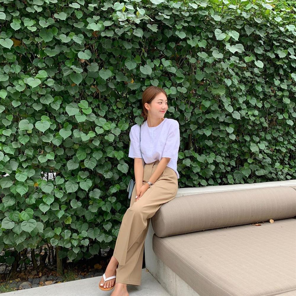 Hội con gái Hàn hay mix quần ống suông với 3 kiểu áo này để ghi điểm sành điệu và sang xịn nhất-3
