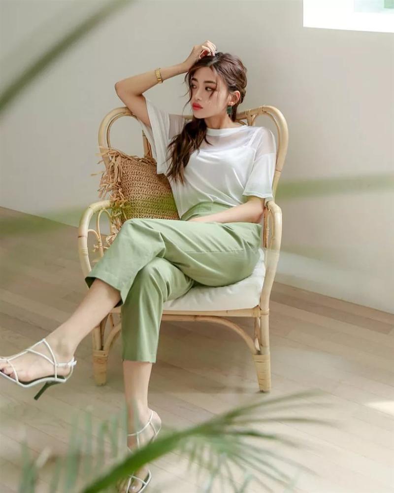 Hội con gái Hàn hay mix quần ống suông với 3 kiểu áo này để ghi điểm sành điệu và sang xịn nhất-4