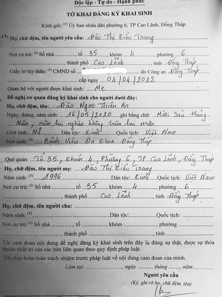 Người đàn ông Việt Nam đầu tiên sinh con chia sẻ việc làm giấy khai sinh, đặc biệt nhất là tên người mẹ-3