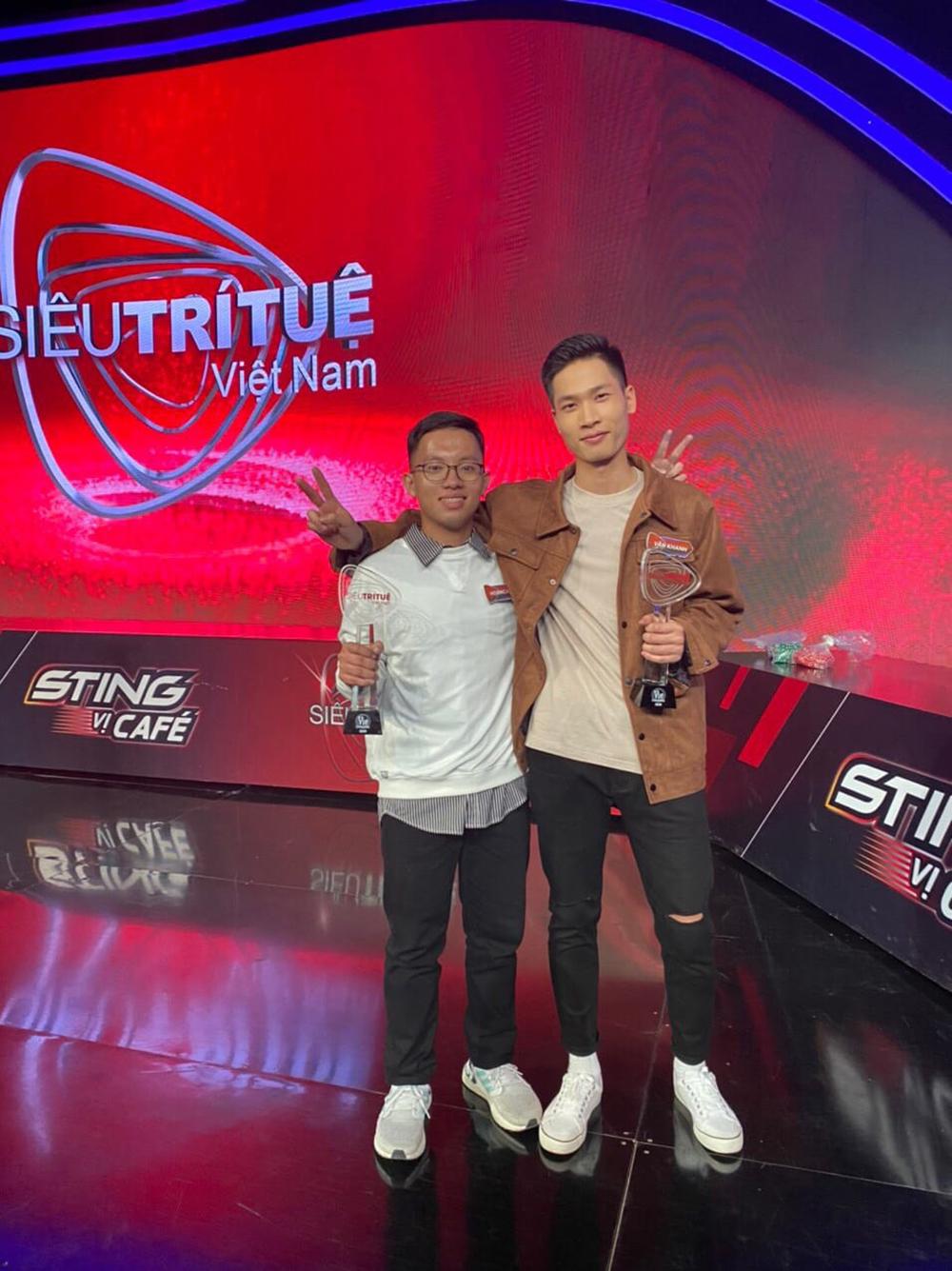 Thí sinh Siêu trí tuệ Việt Nam mùa 2 hé lộ về các vòng thi tiếp theo: Hứa hẹn màn huynh đệ tương tàn-2