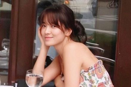 Ảnh diện váy quây để mặt mộc của Song Hye Kyo, netizen kết luận: Đây là lý do khiến Hyun Bin, Song Joong Ki một thời say đắm