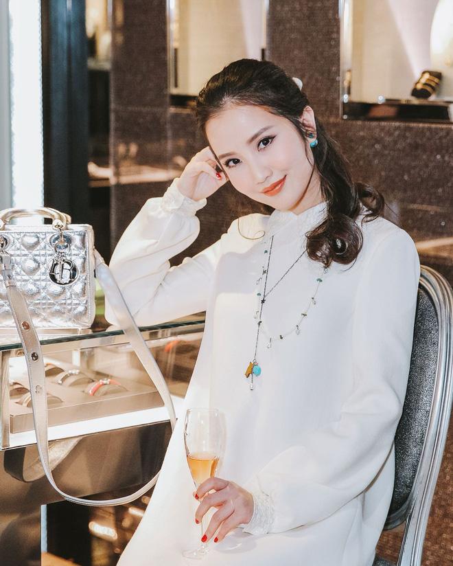 Tiểu thư Primmy Trương: Là bánh bèo chính gốc, đồ hiệu bạt ngàn, chưa kể đến tủ makeup nhìn mà mê đắm-9