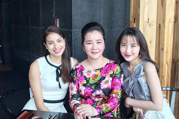 Hóa ra mẹ vợ của thiếu gia Phan Thành là giám khảo Hoa hậu Hoàn vũ